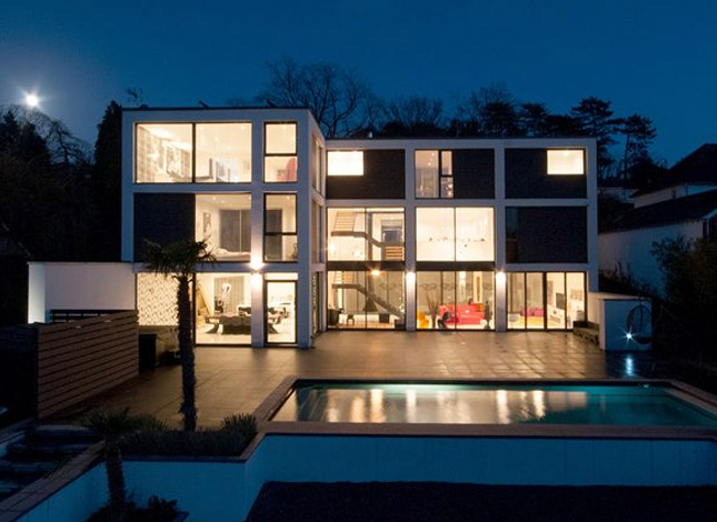 Zenith, contemporary dwelling.