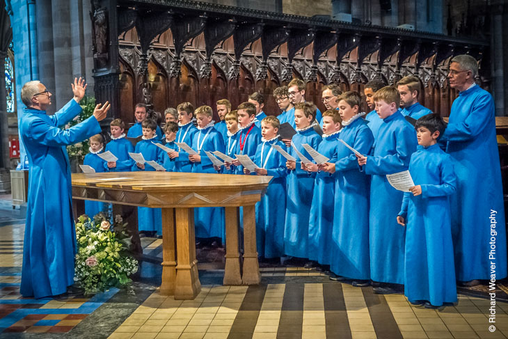 Hereford Cathedral Choir sing at the Nave Dinner. Photograph credit Richard Weaver Photography