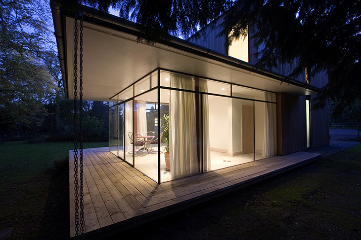 Award-winning contemporary extension to a 1950's style house.